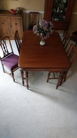 Vintage Antique dining table set REDUCED! in St. Charles, Illinois