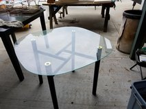 Table - glass, round in Spring, Texas