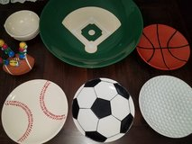 Sports Appetizer/ Chip and Dip Set. in Conroe, Texas