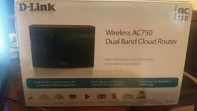 New D-Link DIR-810L Wireless AC750 Dual Band Cloud Router in Okinawa, Japan