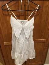 Women's size 0 & 4 cute dresses in Fairfield, California
