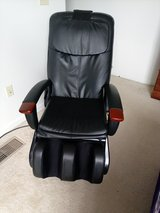 Human Touch Dual Disc Massage Chair in Fort Campbell, Kentucky