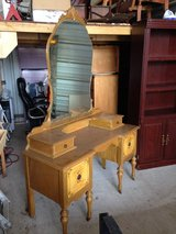 Vintage Dressing Table in Houston, Texas