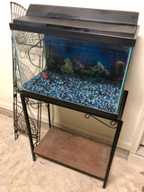 25 GALLON FISH TANK W/ STAND in Moody AFB, Georgia