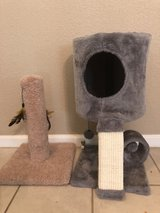 cat tower / scratching post in Cleveland, Texas