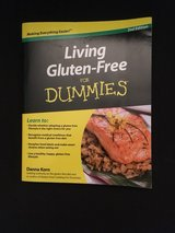 Living Gluten Free for dummies book $5 in Cherry Point, North Carolina