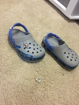 Crocs Star wars for boys size 11 in St. Charles, Illinois