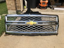 '14/'15 Chevy Silverado 1500 Chrome grille in Camp Pendleton, California