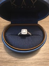 engagement ring and wedding band set in Nashville, Tennessee