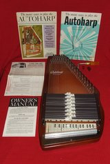 Oscar Schmidt Autoharp Model BH Complete with Box Music Manual Picks in Oswego, Illinois