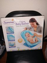 Deluxe Baby Bather in Fort Bliss, Texas
