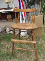 Antique wood high chair in Alamogordo, New Mexico