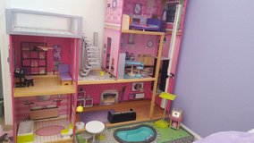 ***DOLLHOUSE in Travis AFB, California