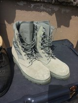 boots new 9 1/2 in Ramstein, Germany