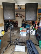 Yorkville PA system M810 Amp/Mixer and YX15 Speakers in Glendale Heights, Illinois