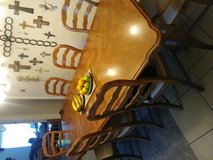 beautiful table and 8 matching chairs in League City, Texas