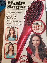 hair straightener brush in Plainfield, Illinois