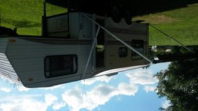 21' jayco fifth wheel camper in Fort Knox, Kentucky