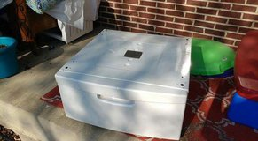Pedestal Drawer for front load washer or dryer in Tinley Park, Illinois