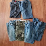 6 Pairs of Jeans in Aurora, Illinois