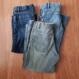 4 Pairs of Jeans in Glendale Heights, Illinois