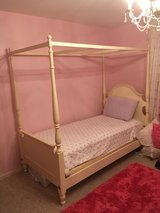Ethan Allen girls bed in Glendale Heights, Illinois