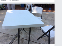 Folding table and 2 folding chairs in Quantico, Virginia