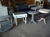 Your choice of side drum accent end tables in Morris, Illinois