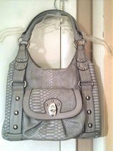 """Wilson's"" Large Gray Leather Shoulder/Handbag in Fort Bragg, North Carolina"