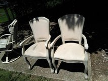 2 Chairs  !0 for both in Hopkinsville, Kentucky