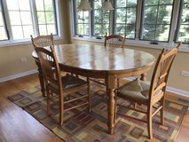Pottery Barn table and chairs in Westmont, Illinois