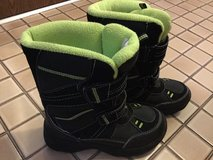 Boys Winter boots size 3 in Bolingbrook, Illinois
