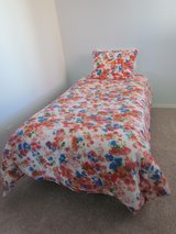 Floral Bedding Set in Palatine, Illinois
