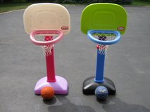 Little Tikes Basketball Hoop in Lockport, Illinois