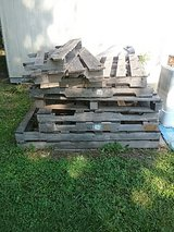 wood pallets in Camp Lejeune, North Carolina