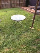 Round Glass Table 42in in Fort Campbell, Kentucky