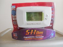 5-1-1 Day Honeywell Programmable Thermostat - Never Installed in Aurora, Illinois