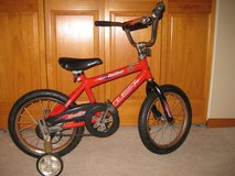 "16"" Boys Bike w/ training wheels in Chicago, Illinois"