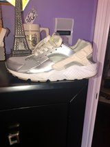 white/gray Hurraches in Fort Campbell, Kentucky