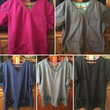 HeartSoul & MedCouture Women's Scrubs - Lot of XL/2XL in Perry, Georgia