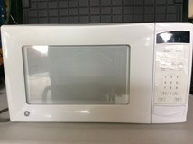 microwave -GE no. jes1139wlos white - 1.1 cu ft in Orland Park, Illinois