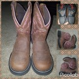 womans boots- NEW NEVER WORN in Fort Benning, Georgia
