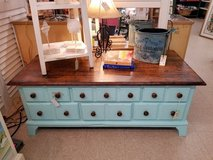 Ducks Unlimited 6 Drawer Coffee Table in Wilmington, North Carolina