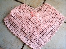 Crocheted Pink Poncho Shawl size 4-5 in Stuttgart, GE