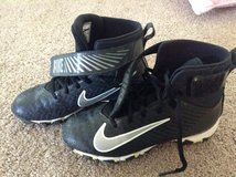 Boys Nike Strike Football Cleats Size 4.5 in Naperville, Illinois