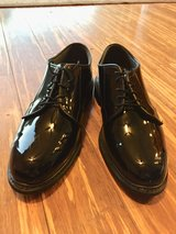Dress Shoes Size Men's 9 (worn once) in Travis AFB, California