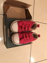 baby converse size 3 in Okinawa, Japan