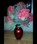 Hydrangea & Red Rose Bouquet Floral Arrangement in Glass Vase in Fort Leonard Wood, Missouri