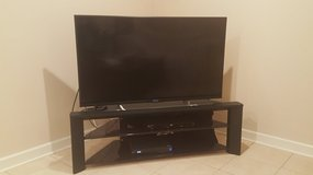 48 inch Sony flat screen with corner glass display available 08/12/2018 in Bolingbrook, Illinois