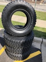 4 LT265/75R16 Pirelli Scorpion in Glendale Heights, Illinois
